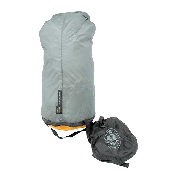 寝袋を圧縮してコンパクトに / コンプレッションバッグ