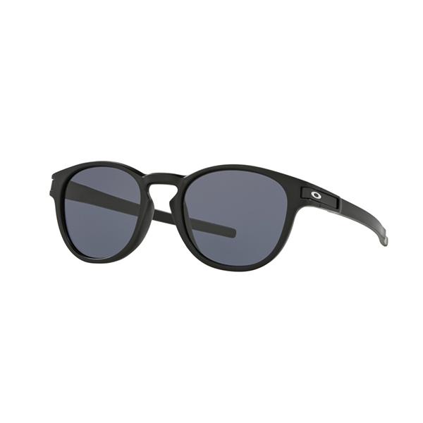 偏光レンズのサングラス