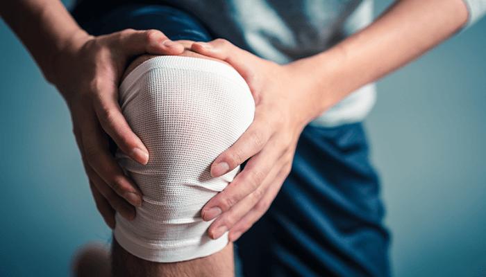 登山で膝痛が起こる原因