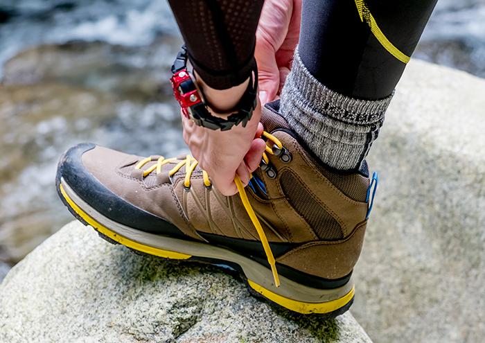 登山靴を履いているイメージ