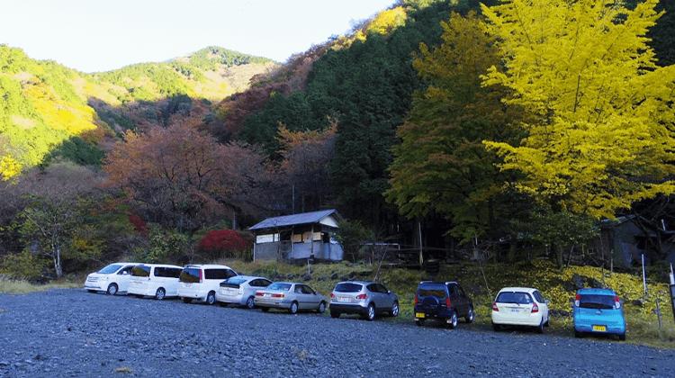 戸沢河原 駐車場